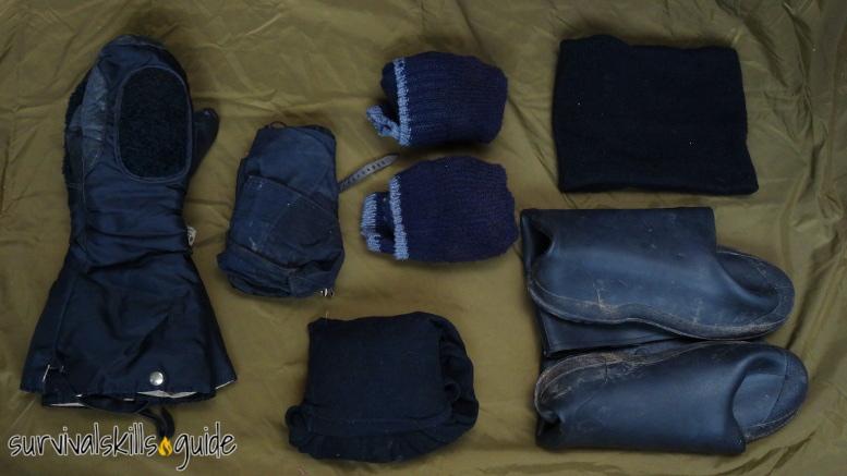 bug out bag list warm clothes