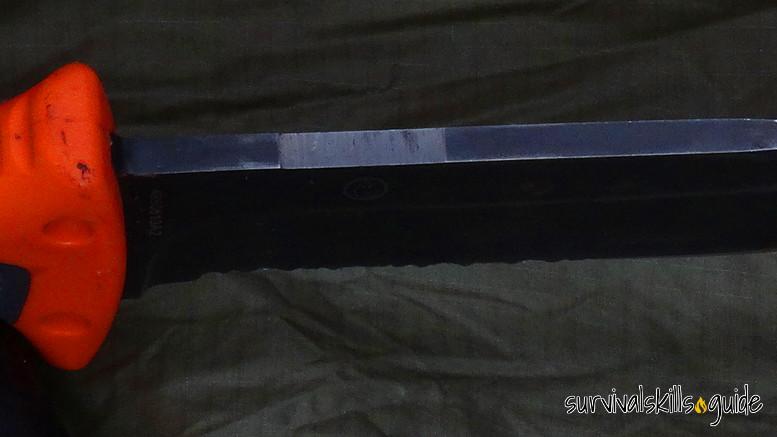 survival knife flat spine